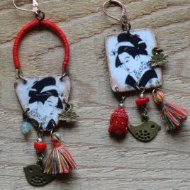 Boucles d'oreilles asymétriques Geisha