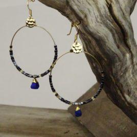 Boucles d'oreilles dorées à l'or fin et lapis-lazuli