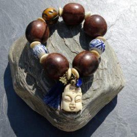 Bracelet bois de kamagong céramique corne Bouddha sculpté