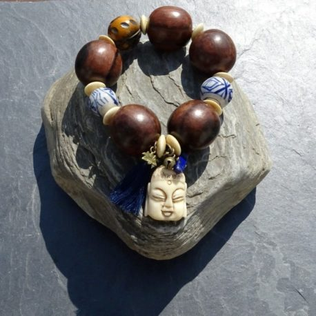 Bracelet bois de kamagong Bouddha en os