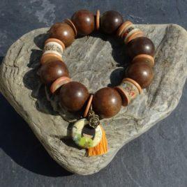Bracelet en bois de kamagong et céramique