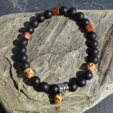 Bracelet onyx mat tête de mort en os et acier (3)