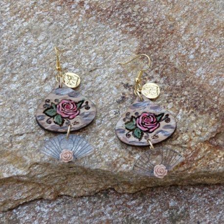 Boucles d'oreilles roses (2)
