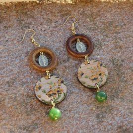"""Boucles d'oreilles """"Vierge Marie"""" et jade"""